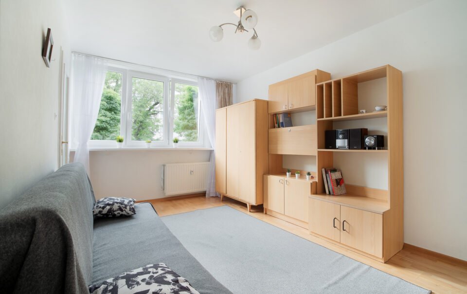 Fotografia wnętrz i nieruchomości - Transformacja mieszkania przy ul. Szaserów